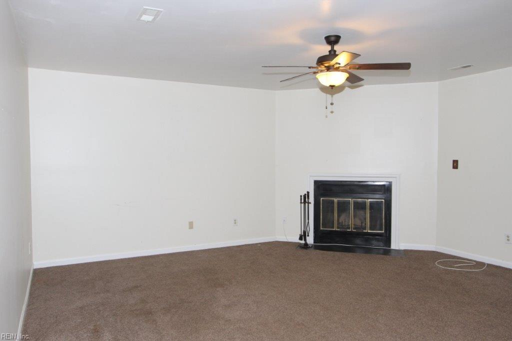 2 bed/2 bath Home in Williamsburg for $97,500