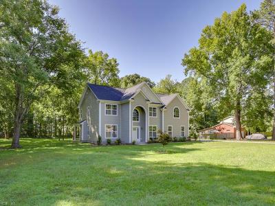Virginia Beach Single Family Home For Sale: 2421 Colony Dr