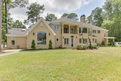 Virginia Beach Single Family Home For Sale: 4137 Hermitage Pt