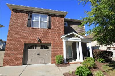 Chesapeake Single Family Home For Sale: 431 Blue Beech Way