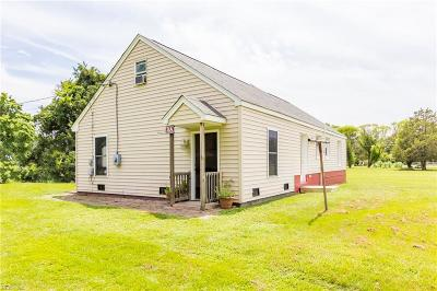 Hampton Single Family Home New Listing: 3 Wallace Rd