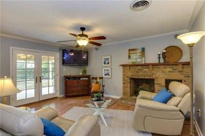 Virginia Beach Single Family Home For Sale: 5113 Hemlock Ave