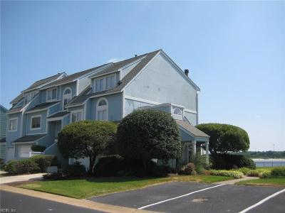 Norfolk Single Family Home New Listing: 9564 Bay Front Dr #C