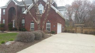 Chesapeake Single Family Home New Listing: 1516 Bateau Lndg