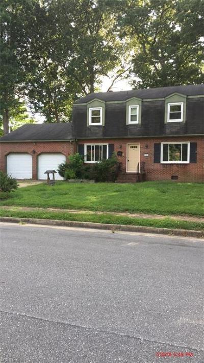 Hampton Single Family Home New Listing: 351 Brunell Dr