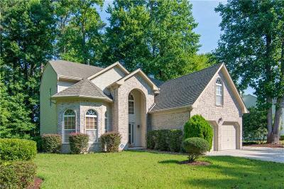 Chesapeake Single Family Home New Listing: 632 Sandcastle Way