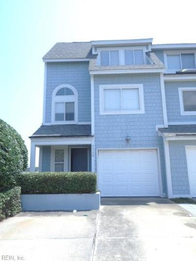 Norfolk Single Family Home New Listing: 9568 Bay Front Dr #A