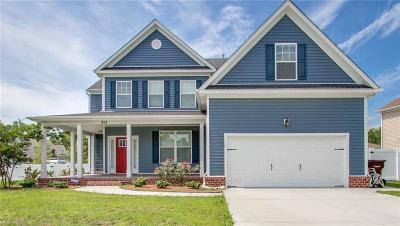 Chesapeake Single Family Home New Listing: 813 Evelyn Way
