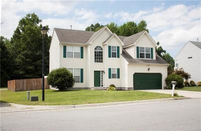 Suffolk Single Family Home New Listing: 1125 Pin Oak Dr