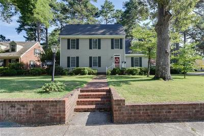 Suffolk Single Family Home New Listing: 402 W Riverview Dr
