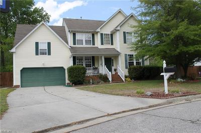 Suffolk Single Family Home New Listing: 102 Prescott Ct