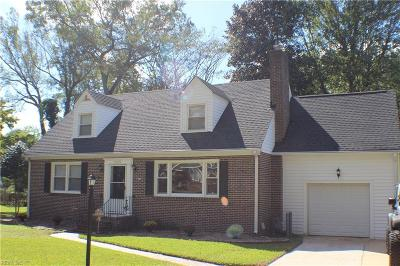 Portsmouth Single Family Home For Sale: 2005 Sterling Point Dr