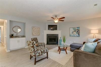 Single Family Home For Sale: 833 Little Bay Ave #B