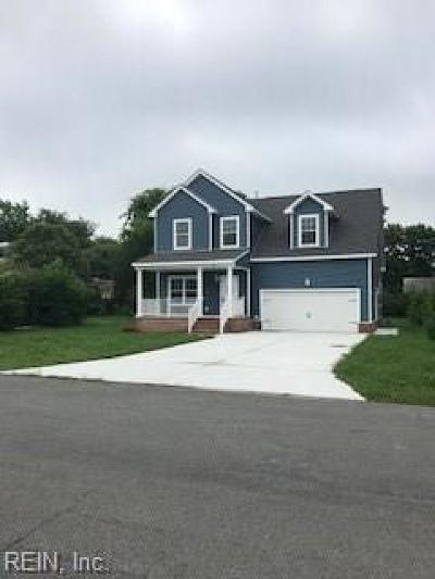 Hampton Single Family Home For Sale: 6 Millicent Ct