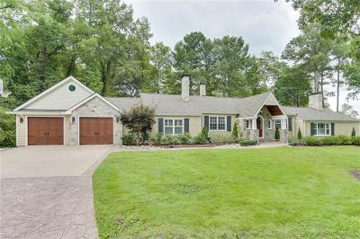 Virginia Beach Single Family Home For Sale: 150 Pinewood Rd