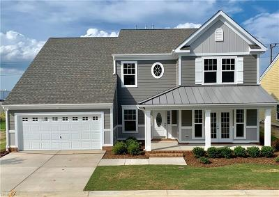 Suffolk Single Family Home Under Contract: 135 Beacon Rn #18
