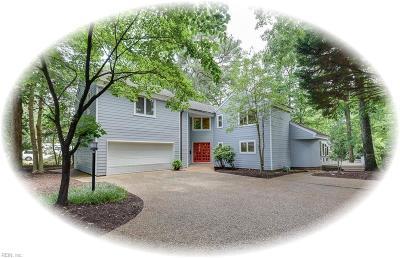 Newport News Single Family Home For Sale: 24 Paula Maria Dr