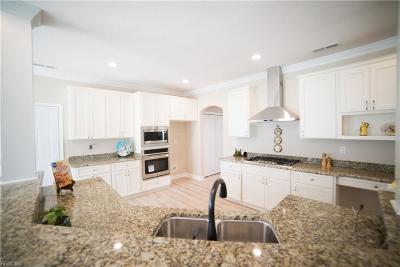 Hampton Single Family Home For Sale: 30 Mallory Way