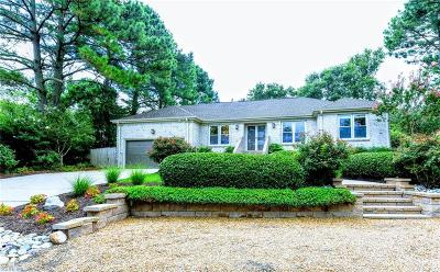 Virginia Beach Single Family Home For Sale: 2513 Long Creek Dr