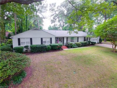 Virginia Beach Single Family Home For Sale: 2825 N Kings Rd