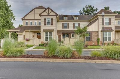 Single Family Home For Sale: 102 Herons Cv