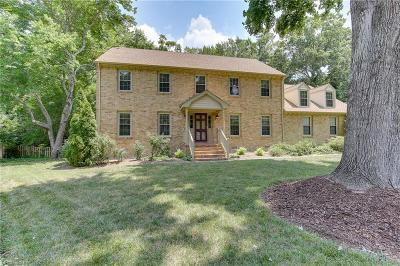 Virginia Beach Single Family Home For Sale: 908 High Gate Mews