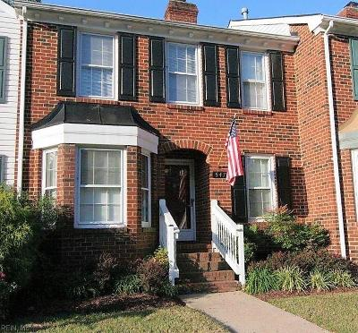 Virginia Beach Single Family Home For Sale: 547 Mulligan Dr