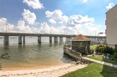 Norfolk Single Family Home For Sale: 835 Little Bay Ave #29