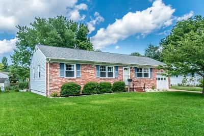 Hampton Single Family Home New Listing: 82 Fort Worth St