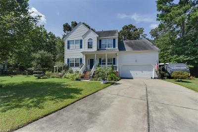 Suffolk Single Family Home For Sale: 235 Baron Blvd