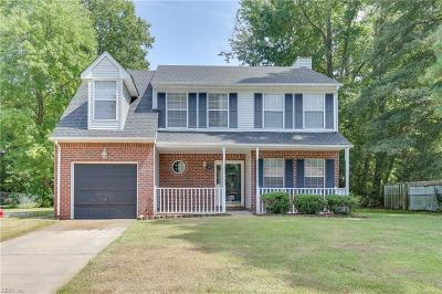 Suffolk Single Family Home New Listing: 6216 Apple St