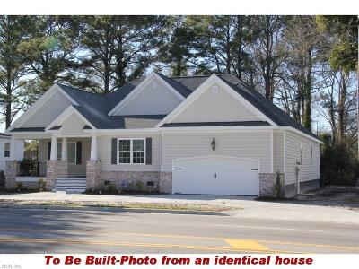 Chesapeake Single Family Home For Sale: 601 Waters Rd