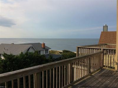 Norfolk Single Family Home For Sale: 1942 E Ocean View Ave #E