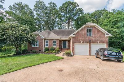 Suffolk Single Family Home For Sale: 5306 S Kemper Lakes Ct