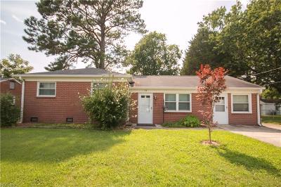 Hampton Single Family Home New Listing: 13 Plantation Dr