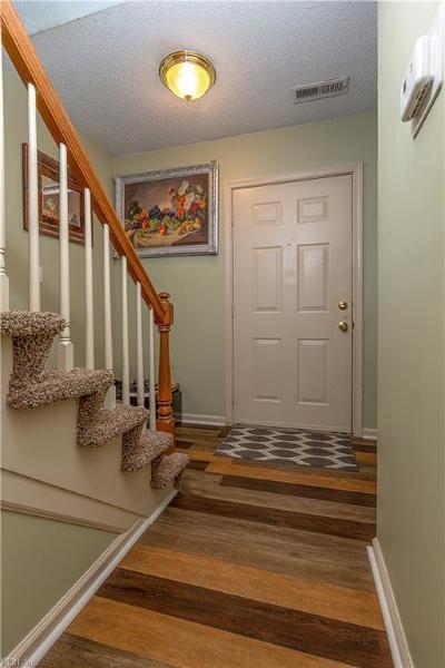 Virginia Beach Single Family Home New Listing: 4648 Merrimac Ln