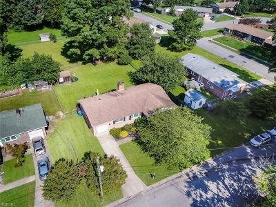 Single Family Home Sold: 2812 E Point Dr