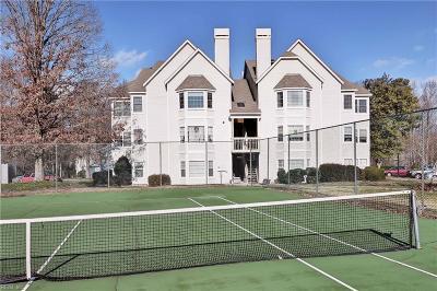 Williamsburg Single Family Home New Listing: 104 Windsor Ln #L