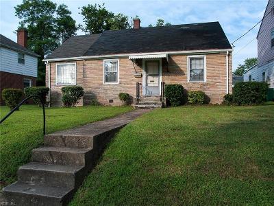 Newport News Single Family Home New Listing: 1624 Oak Ave