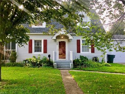 Newport News Single Family Home New Listing: 35 Davis Ave