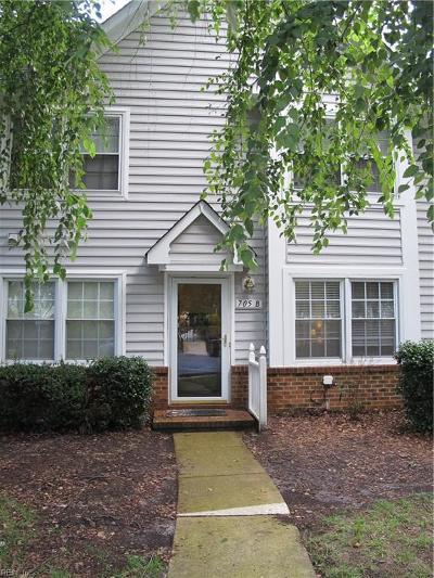 Chesapeake Single Family Home New Listing: 705 Holston River St #B