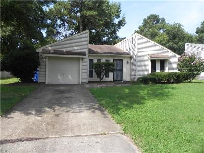 Chesapeake Single Family Home New Listing: 1332 Cypress Pl