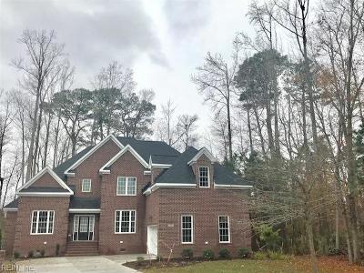 Virginia Beach Single Family Home New Listing: 2401 Kestrel Ln