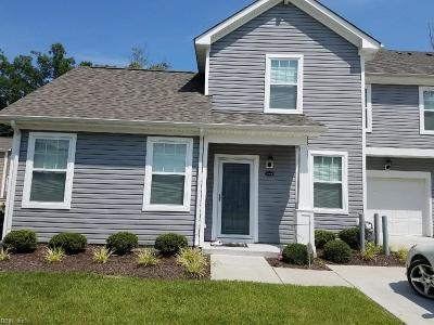 Suffolk Single Family Home New Listing: 939 Vineyard Pl #B