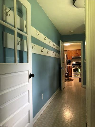 Chesapeake Single Family Home New Listing: 308 Angus Rd Rd