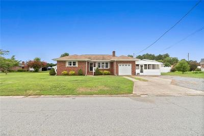 Suffolk Single Family Home New Listing: 305 Edward Ave