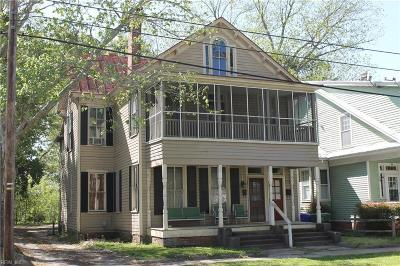Suffolk Single Family Home For Sale: 107 N Broad St