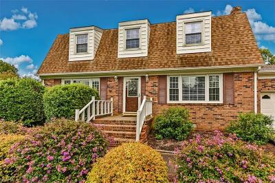 Virginia Beach Single Family Home New Listing: 928 General Beauregard Dr