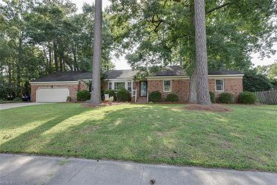 Chesapeake Single Family Home New Listing: 3028 Brittany Way
