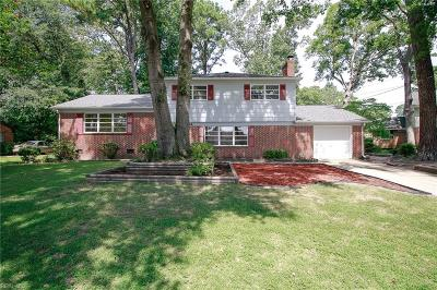 Hampton Single Family Home New Listing: 44 Azalea Dr